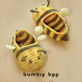 Crochet PATTERN Bumble Bee Baby Boo..