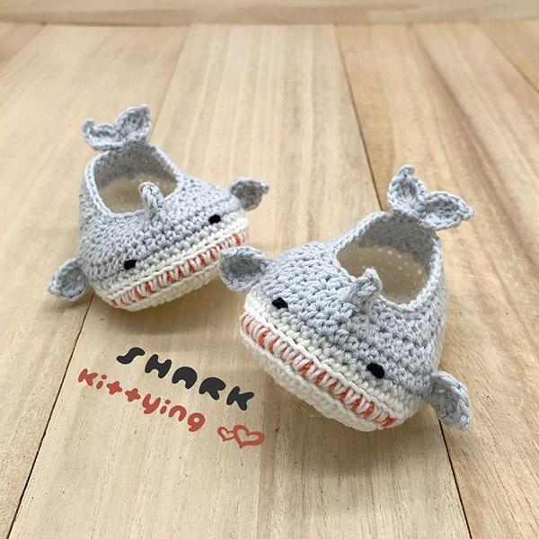 Crochet Pattern Baby Shark Booties - Shark Crochet Patterns - Shark Sandals, Shark Shoes, Shark Flats, Shark Footwear, Shark Slipper, Shark Newborn Crochet Pattern, Shark Baby Shower, Baby Shark! doo doo doo doo doo doo.